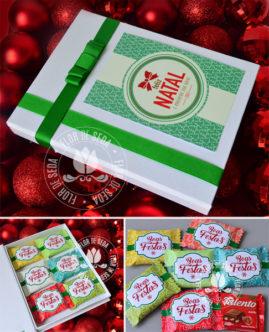 Lembrança de Natal - Caixa dourada com 6 chocolates Talento personalizados