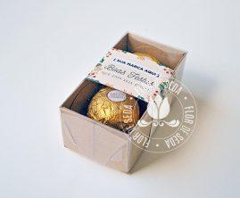 Lembrança de Natal e Ano Novo - Caixa com 2 Ferrero Rocher e cinta personalizada