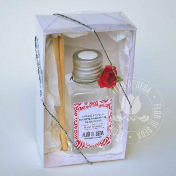 Lembrança dia Internacional da Mulher - Caixa com Mini Difusor de ambiente