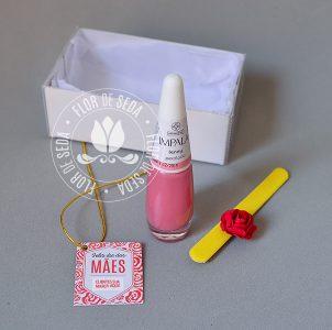 Brindes e lembranças para o dia das Mães - Kit Esmalte na caixa com tag personalizada