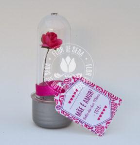 Lembrança dia das Mães Mini tubete com rosa e tag personalizada com tampa plástica