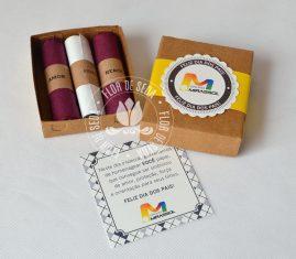 Lembrança Dia dos Pais Caixa com 2 charutos de chocolate pequenos e mensagem personalizada