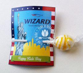 Lembrancinha dia das crianças-Cartão com pirulito personalizado