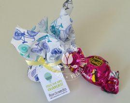 Lembrancinha dia das crianças-Trouxinha de Bombom Sonho de Valsa com tag personalizada