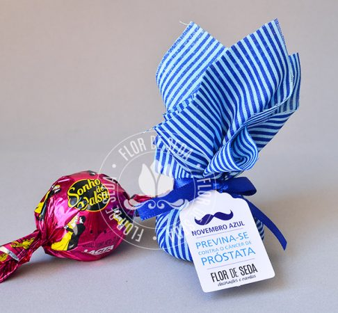 Lembrancinha Novembro Azul-Trouxinha de Bombom Sonho de Valsa com tag personalizada