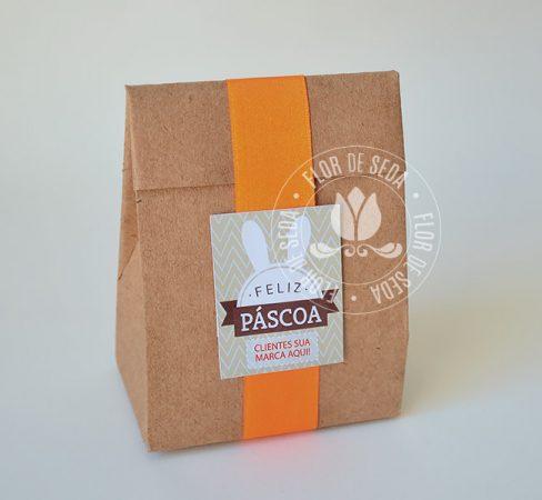 Lembranças para Páscoa-Mini embalagem Kraft de presente com bombom, chocolates e balas com tag personalizada