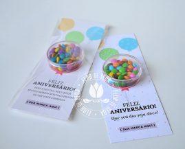 Brinde Aniversariantes do Mês - Colaboradores - Cartão com confeitos de chocolate