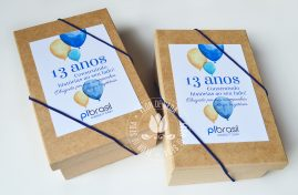 Aniversário empresa - brinde corporativo - Caixa com lembranças selecionadas pelo cliente